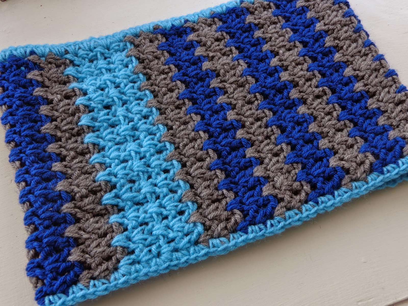Double Crochet Stitch Unique Hobby Hooker Double Crochet V Stitch Cowl Of Awesome 41 Pictures Double Crochet Stitch