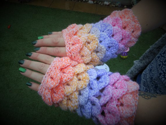 Dragon Scale Crochet Gloves Awesome Dragon Scale La S Gloves Fingerless Mittens Crochet Wrist Of Dragon Scale Crochet Gloves New Dragon Gloves Dragon Scale Fingerless Gloves Long Crochet