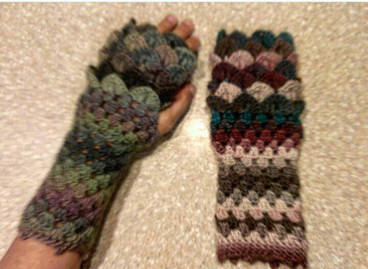 Dragon Scale Crochet Gloves Beautiful Dragon Scale Fingerless Gloves Free Pattern Knitting Of Dragon Scale Crochet Gloves Inspirational Dragon Scale Crocheted Gloves