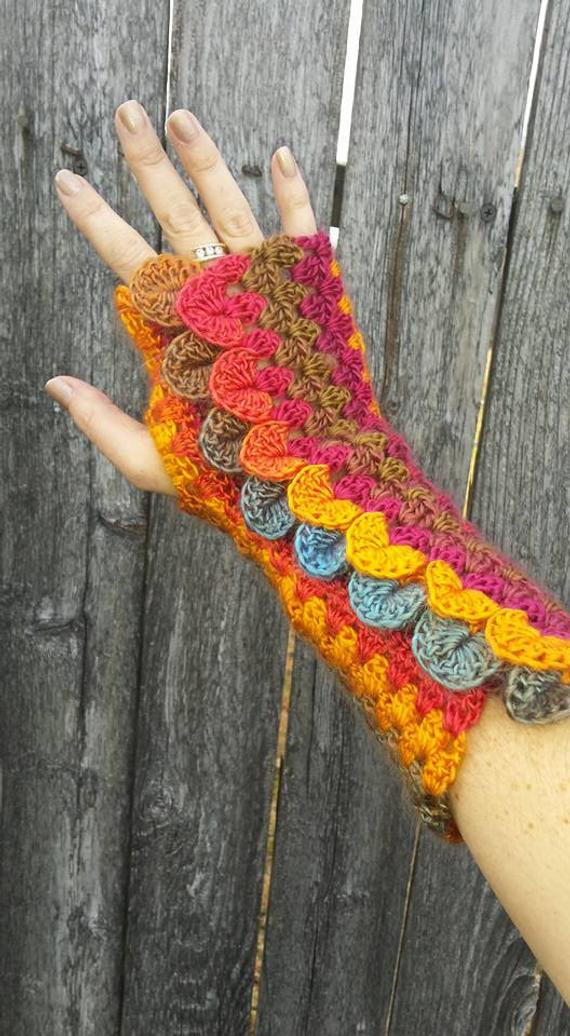Dragon Scale Crochet Gloves Beautiful Dragon Scale Stripe Mitts Crochet Pattern Fingerless Gloves Of Dragon Scale Crochet Gloves New Dragon Gloves Dragon Scale Fingerless Gloves Long Crochet