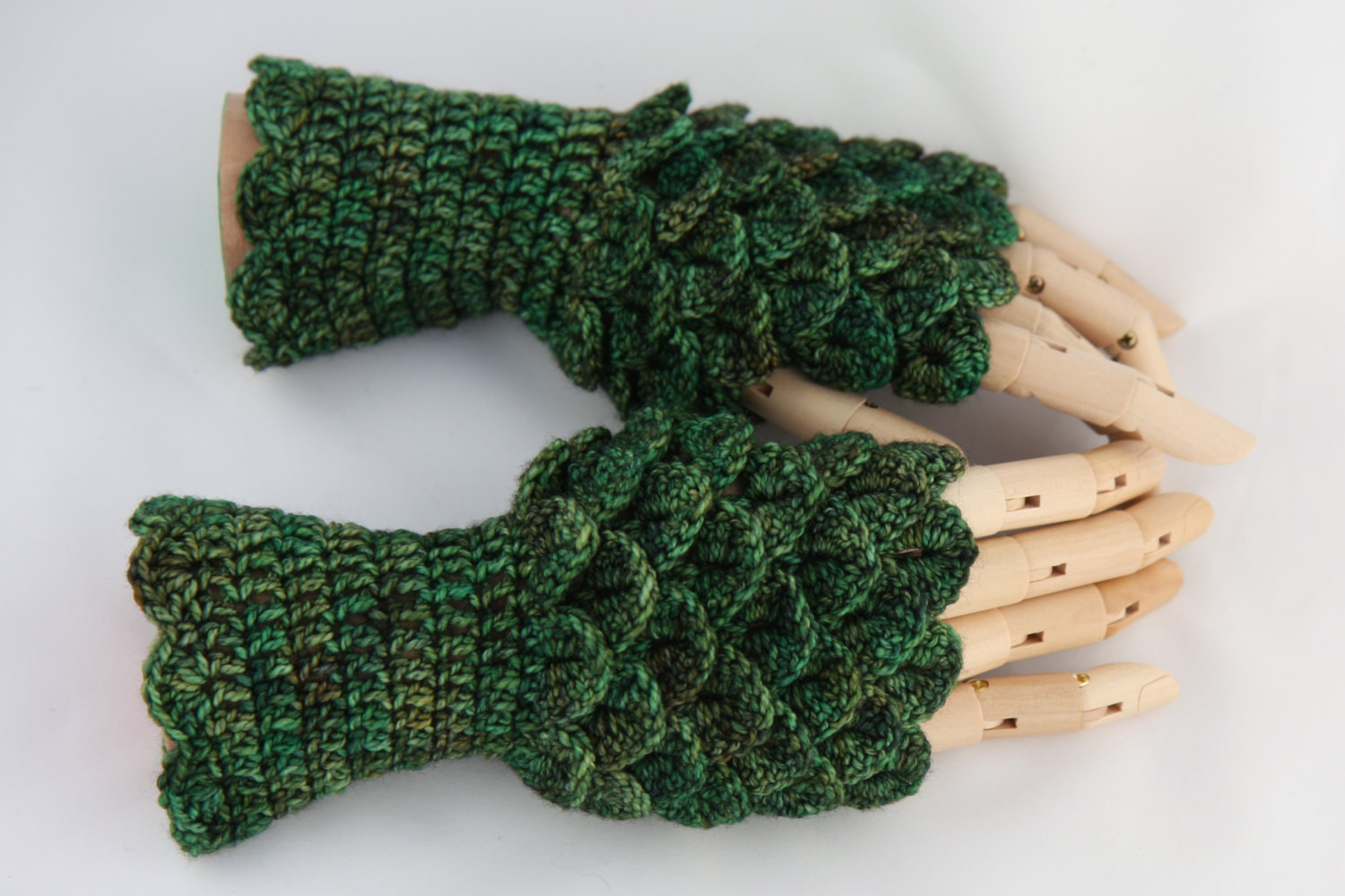 Dragon Scale Crochet Gloves Fresh Crochet Dragonscale Fingerless Gloves Woodland by Of Dragon Scale Crochet Gloves Inspirational Dragon Scale Crocheted Gloves