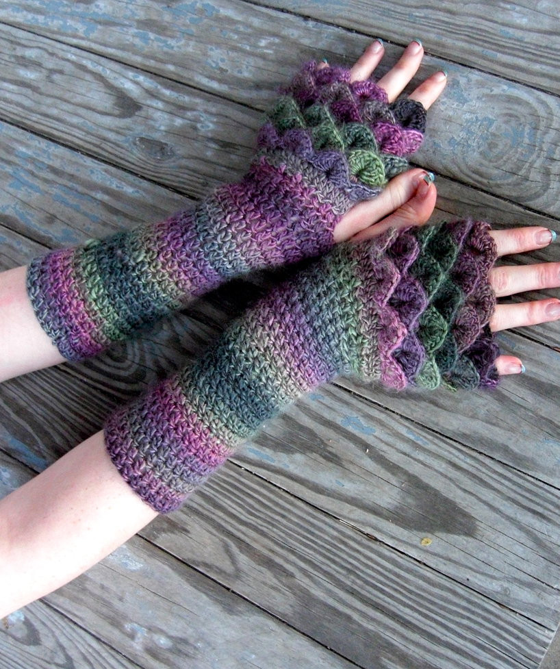 Dragonscale Gloves by TheCrochetDragon on DeviantArt