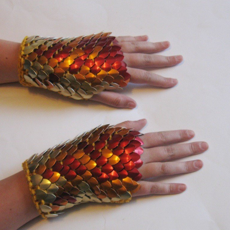 Dragon Scale Gloves Awesome Dragonhide Armor Gauntlets Phoenix Knitted Scale Maille by Of Amazing 46 Pictures Dragon Scale Gloves