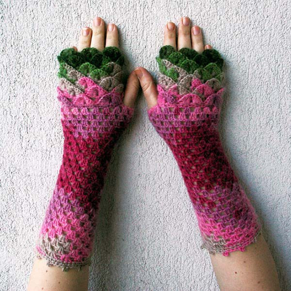 Dragon scale Crochet Fingerless Gloves to Drool Over The