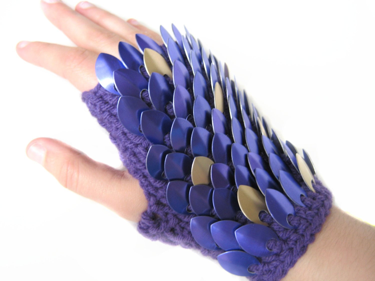 Dragon Scale Gloves Fresh Dragon Scale Gloves Gauntlets Short Purple Silver Of Amazing 46 Pictures Dragon Scale Gloves