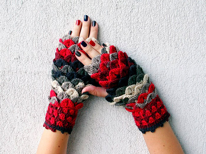 Dragon Scale Gloves Luxury Dragon Scale Crocheted Gloves Of Amazing 46 Pictures Dragon Scale Gloves