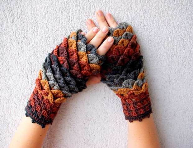 Dragon Scale Gloves Unique Winter is Ing Better Get these Dragon Scale Crochet Of Amazing 46 Pictures Dragon Scale Gloves