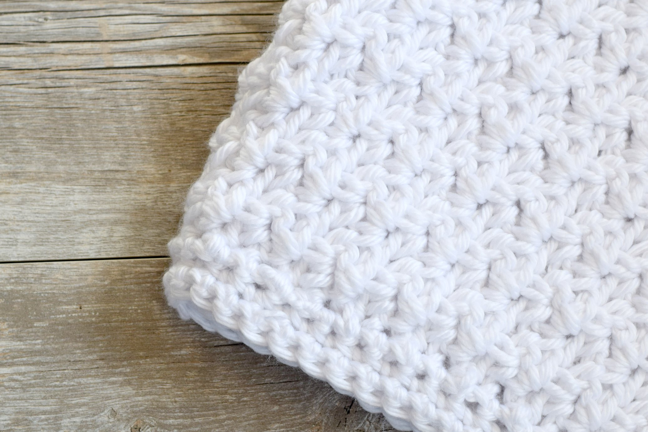 Three easy crochet baby blanket ideas
