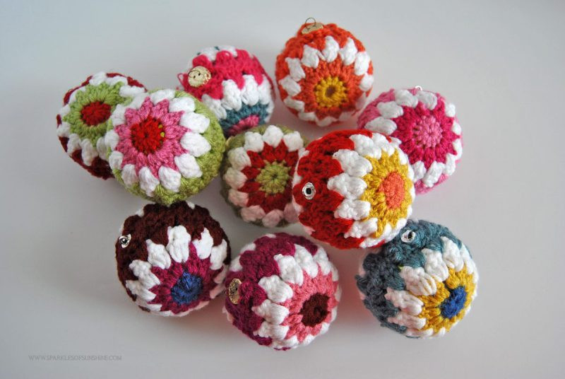 Crocheted Christmas Ball Ornaments Free Pattern Sparkles