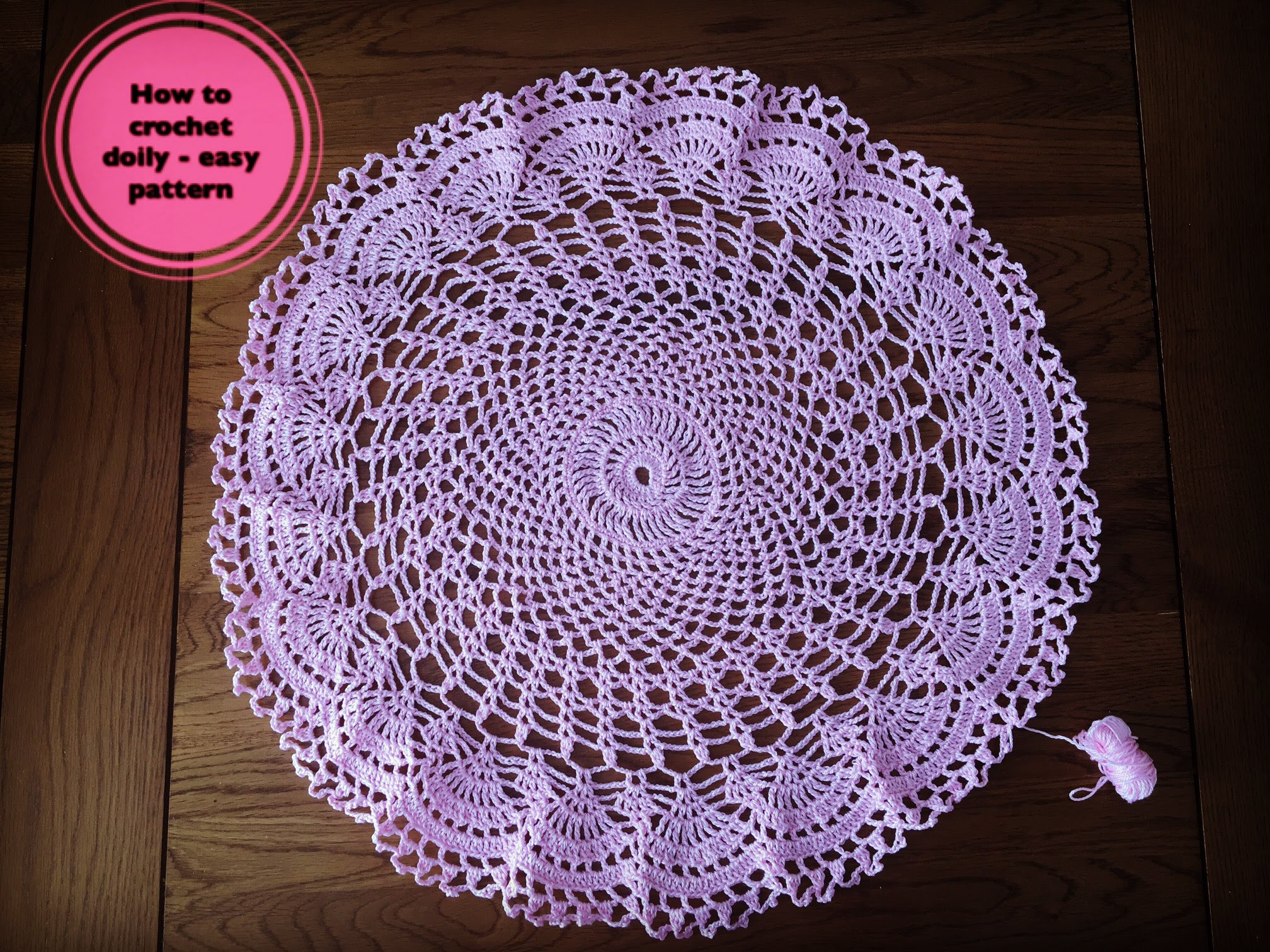 Why crochet doilies shouldn't miss in your dining room