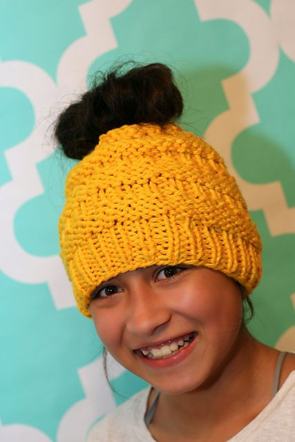 Elegant 1000 Images About Free Knitting Patterns On Pinterest Knitted Messy Bun Hat Of Luxury 50 Models Knitted Messy Bun Hat