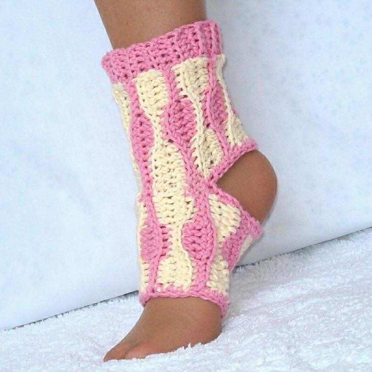 Elegant 12 Crochet Patterns for Yoga Crochet Yoga socks Of Brilliant 48 Pictures Crochet Yoga socks
