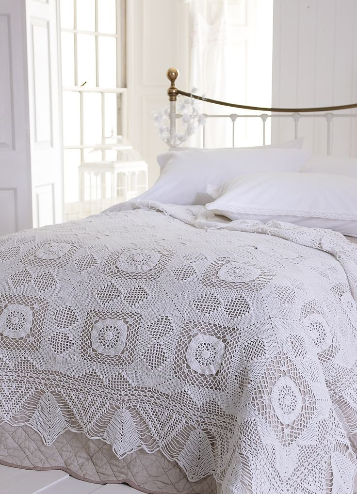 Elegant 269 Best Images About Crocheted Bedspreads On Pinterest Crochet Bedding Of Attractive 40 Ideas Crochet Bedding