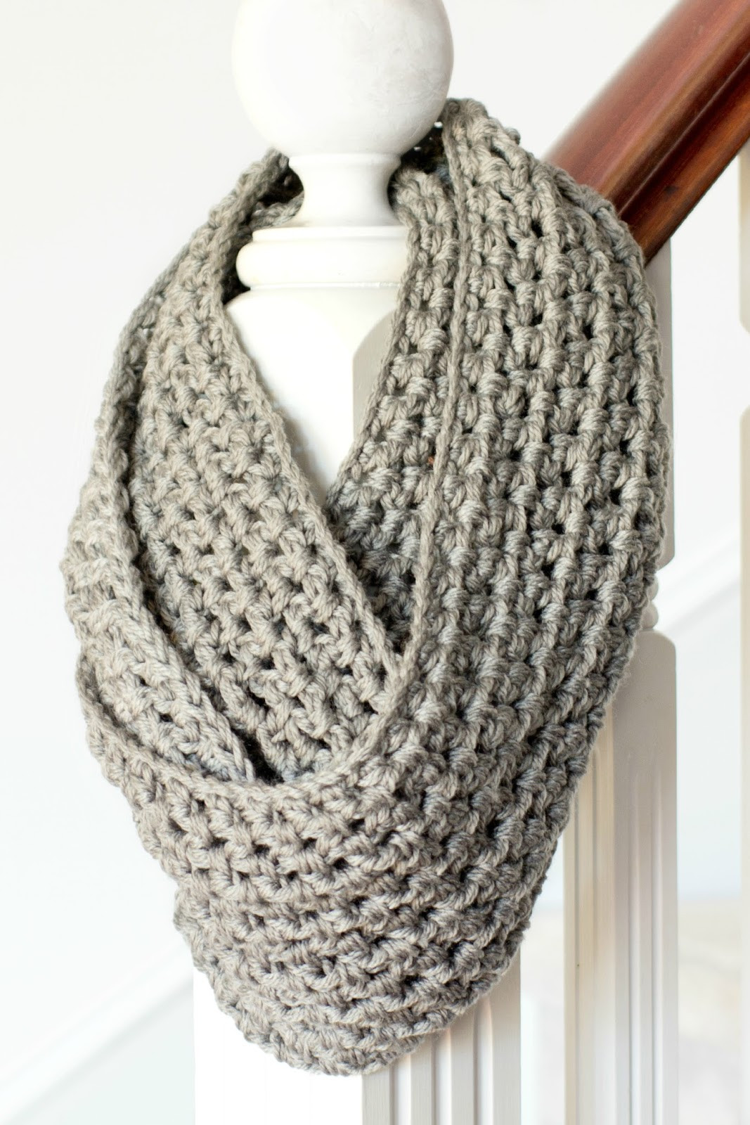 Elegant 42 Fun and Cozy Diy Scarves Crafts to Make Infinity Cowl Crochet Pattern Of Awesome 49 Pics Infinity Cowl Crochet Pattern