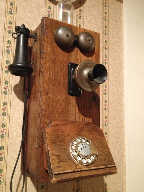 64 best Old fashioned Phones images on Pinterest