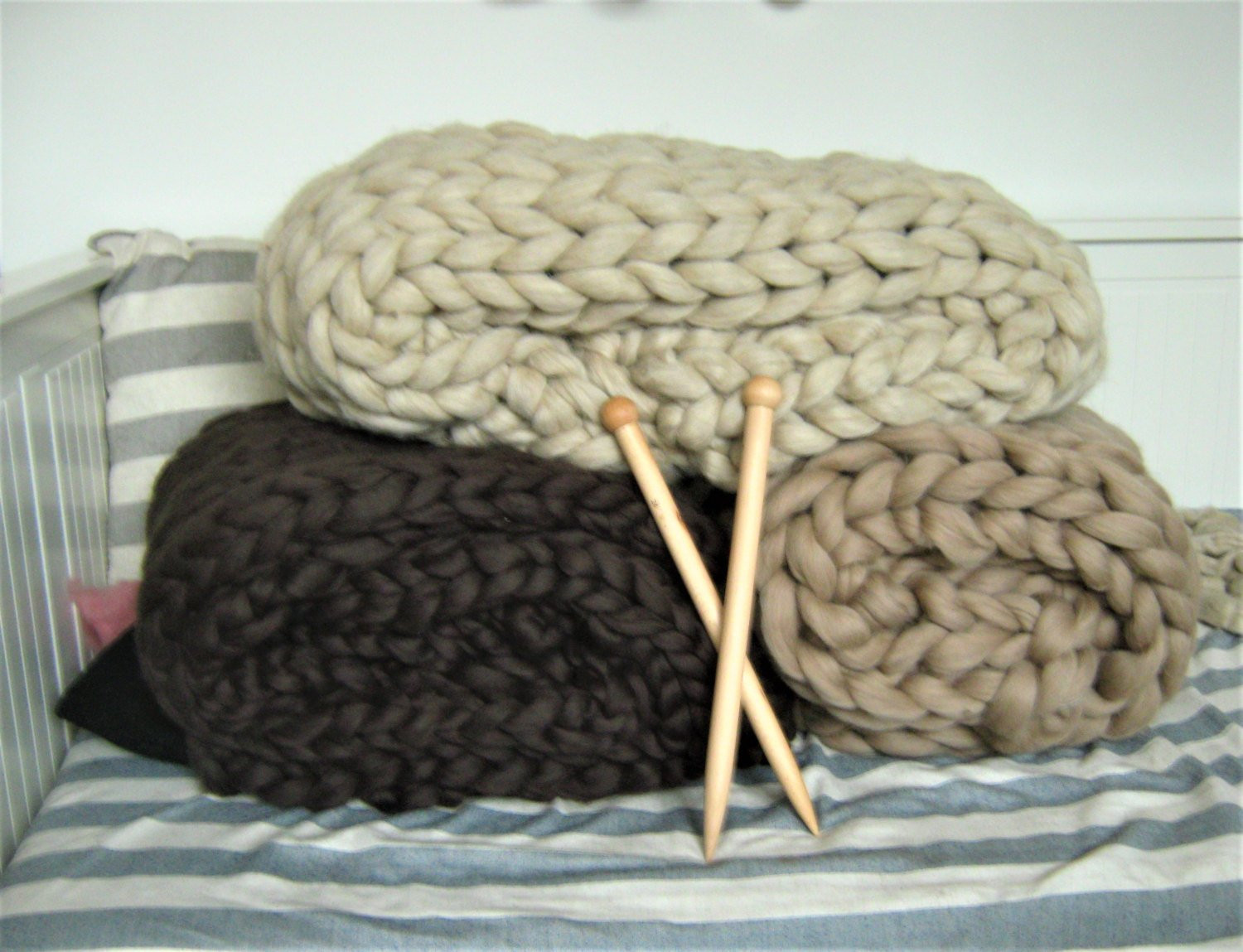 Elegant Chunky Wool Blanket Arm Knit Blanket Hand Knit Throw Chunky Hand Knitting Wool Of Great 44 Photos Hand Knitting Wool
