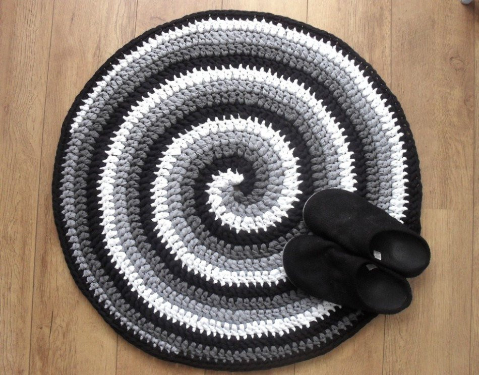 Elegant Crochet Rug Pattern Black White and Gray Spiral Crochet Rug Patterns with Yarn Of Great 50 Images Crochet Rug Patterns with Yarn