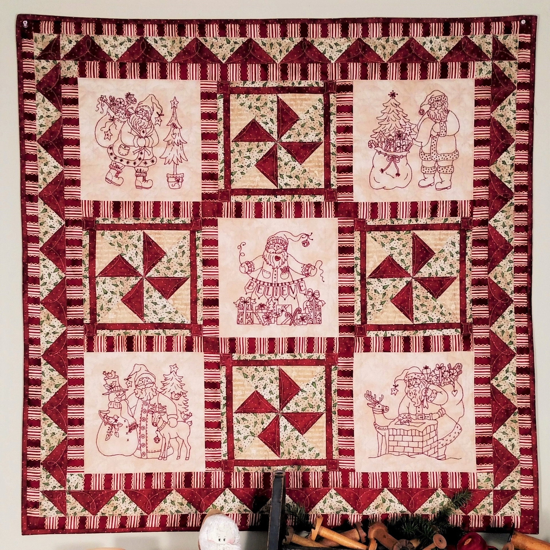 Elegant Five Santa Blocks Make A Charming Christmas Quilt Warm Embroidery Quilt Patterns Of Contemporary 50 Pictures Embroidery Quilt Patterns
