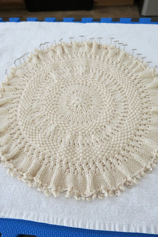 Elegant Free Knitting Pattern Knitted Tree Skirt for Small Table Knit Tree Skirt Pattern Of Delightful 49 Images Knit Tree Skirt Pattern