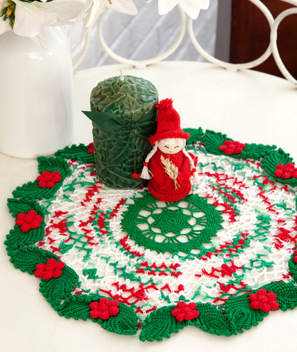 Holly & Lace Doily in Red Heart Aunt Lydia s Classic