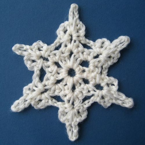 How to Crochet Snowflake Patterns 33 Amazing DIY