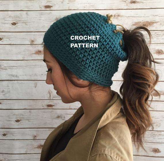 runners beanie hat pattern ponytail hole