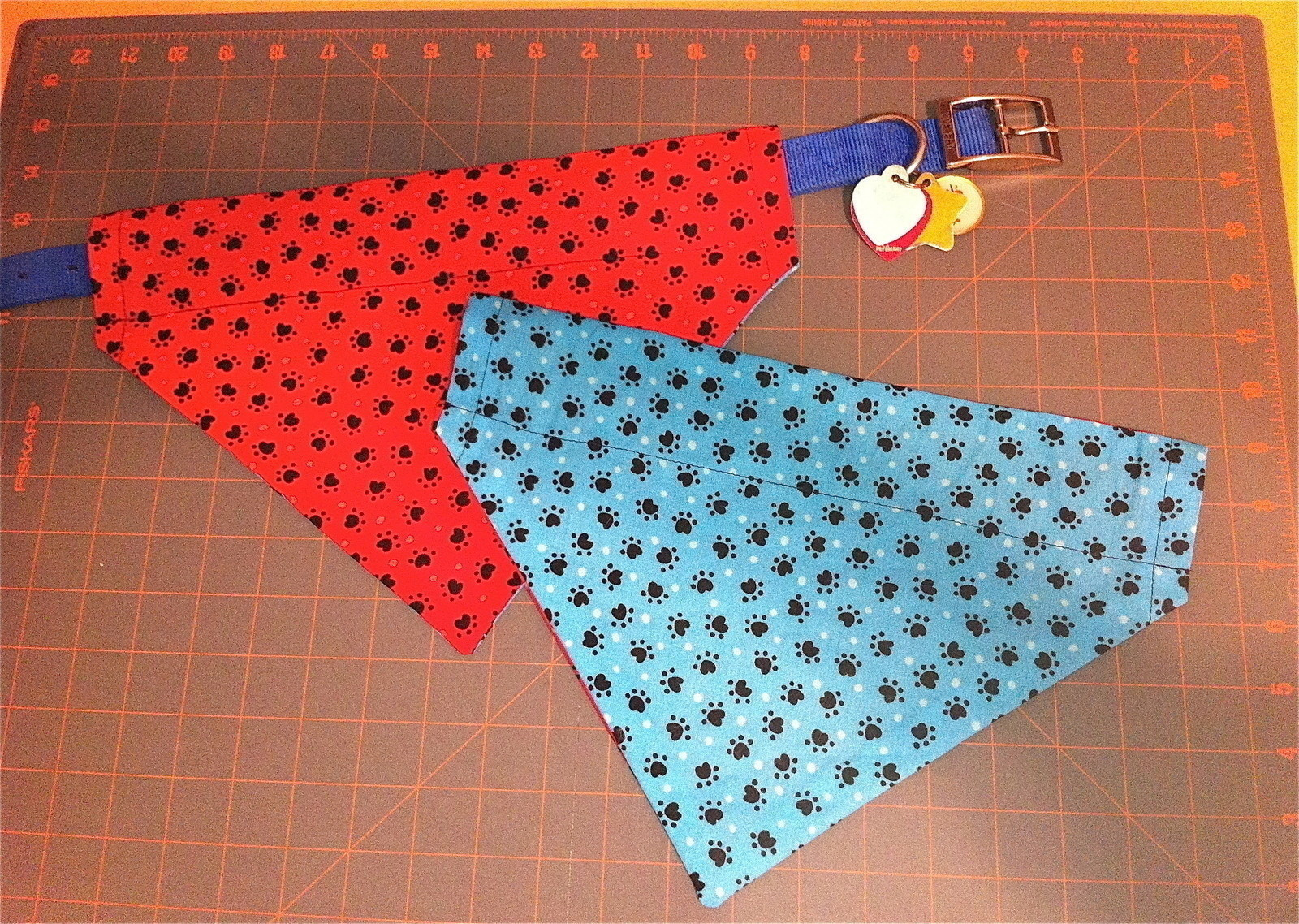 Elegant Reversible Over the Collar Dog Bandana · How to Make A Dog Sewing Patterns Of Amazing 40 Images Dog Sewing Patterns