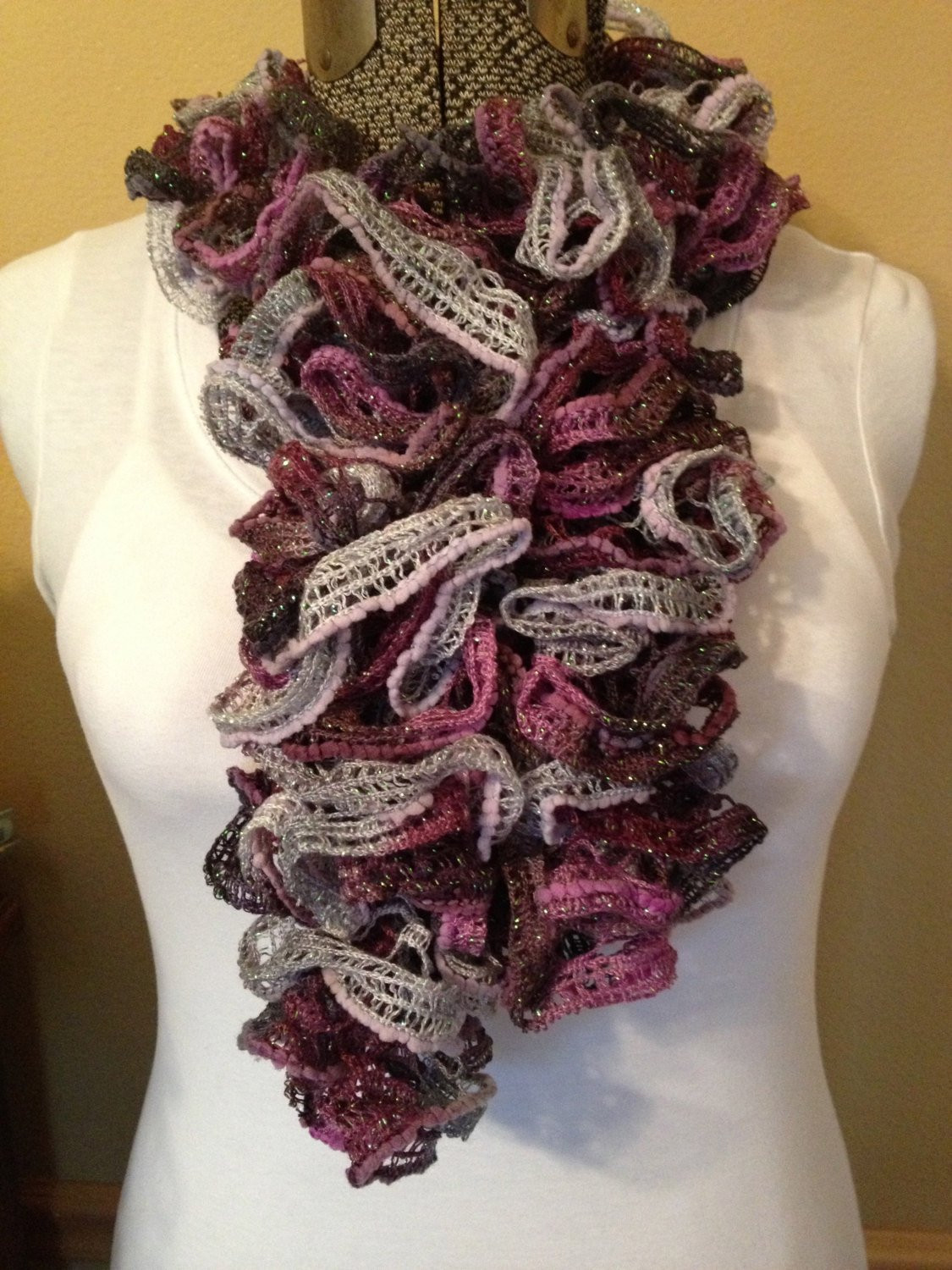 Elegant Sashay or Ruffle Scarf In Patons Pirouette orchid Shimmer Sashay Scarf Of Fresh 40 Models Sashay Scarf