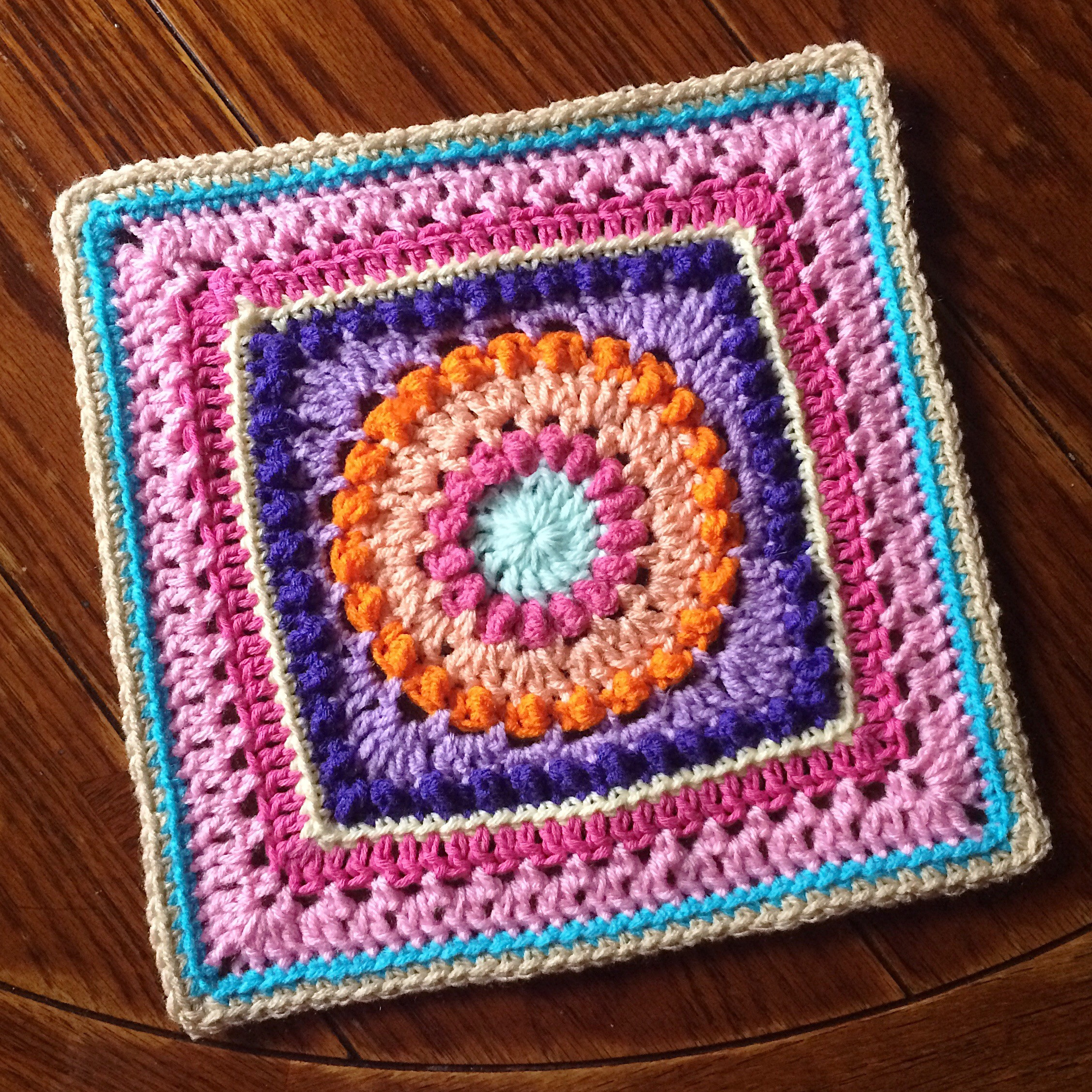 Elegant Textured Circles An Expansion On the Circle Of Friends Crochet Circle Blanket Of Innovative 46 Models Crochet Circle Blanket