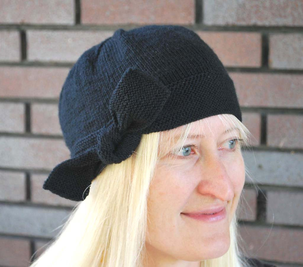 The Inaugural Hat – The Piper s Girls