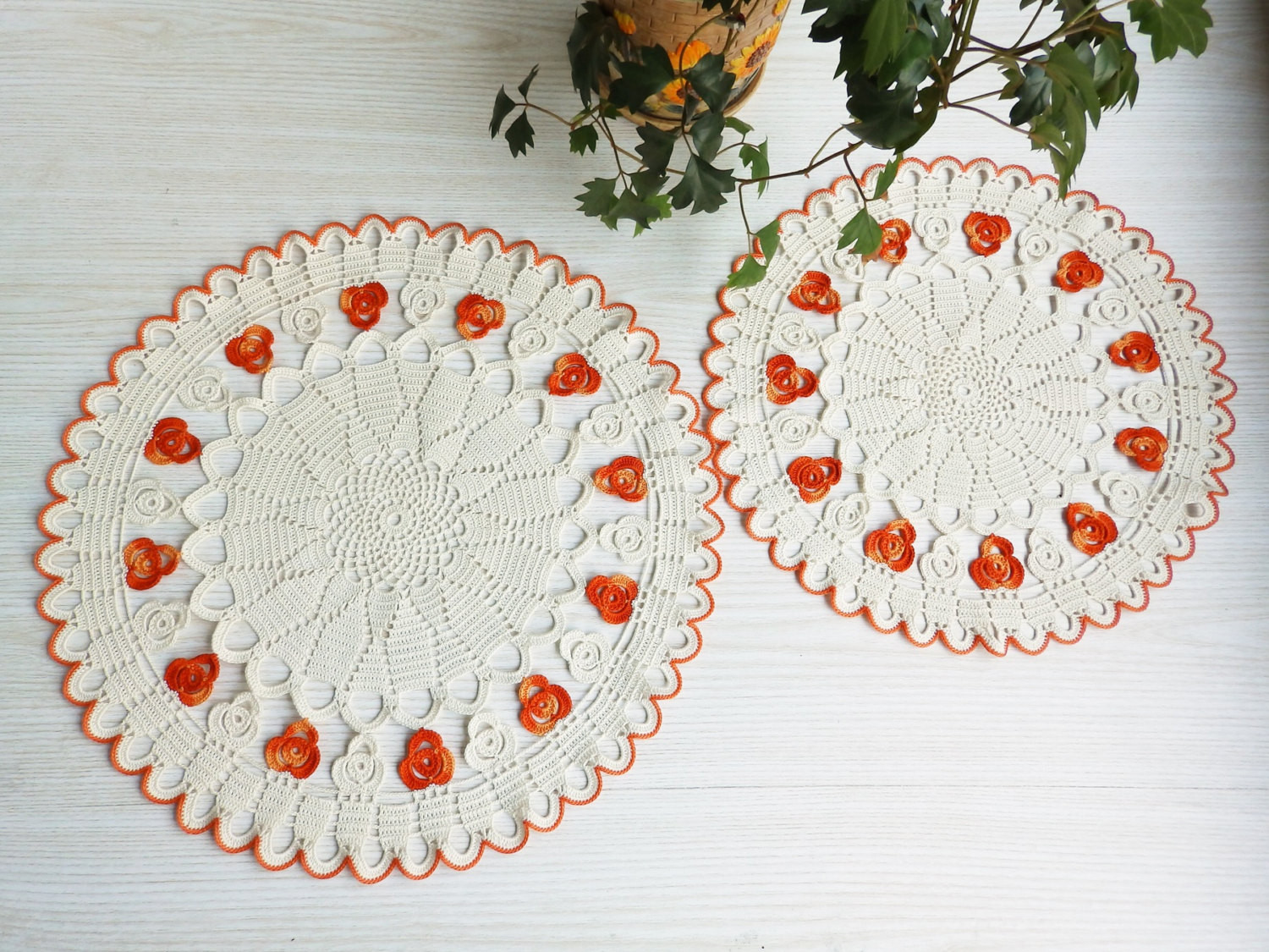 Elegant Two Lace Crochet Ivory Ombre orange Round Doilies Crochet Crochet Table Of Awesome 45 Models Crochet Table