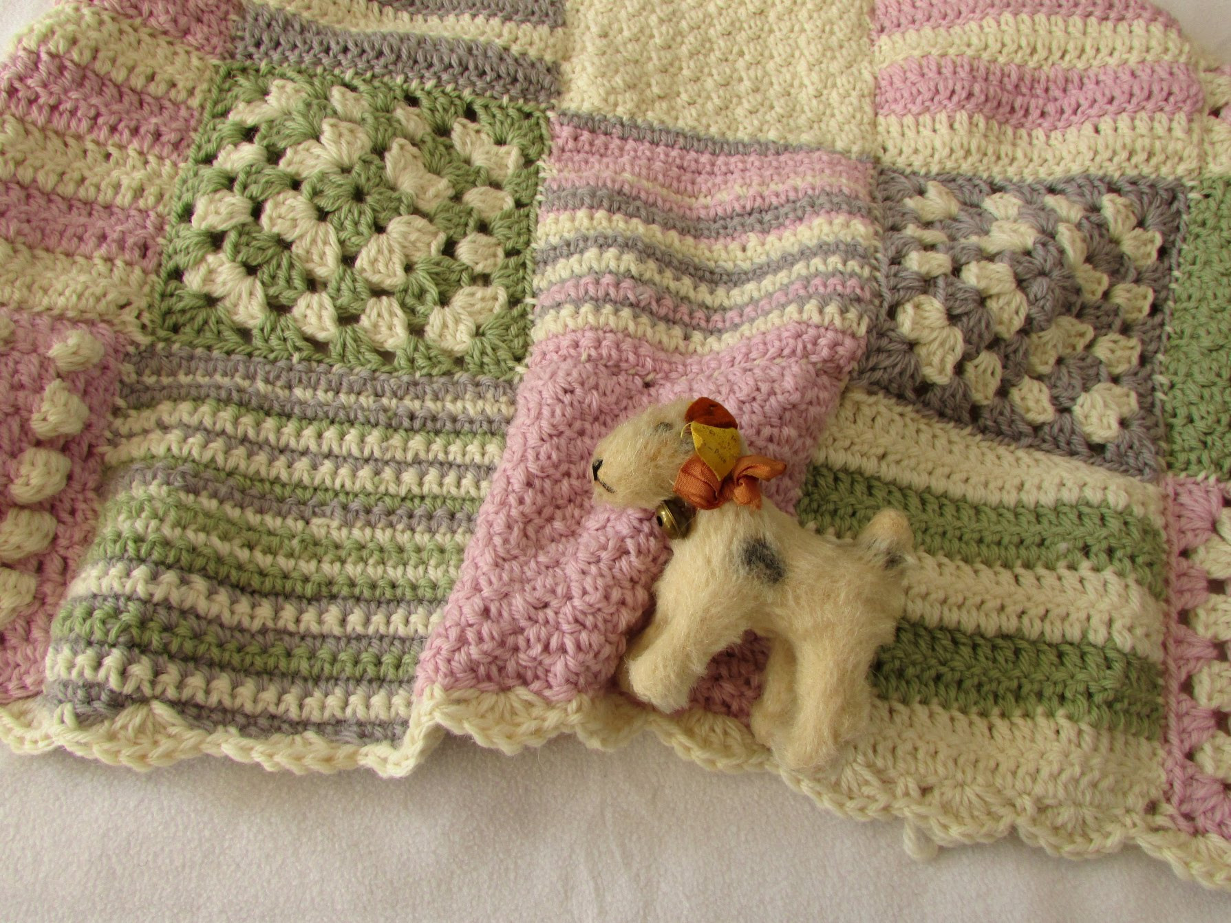 Elegant [video Tutorial] Gorgeous Granny Square Baby Blanket for Free Crochet Granny Square Baby Blanket Patterns Of Contemporary 45 Pictures Free Crochet Granny Square Baby Blanket Patterns