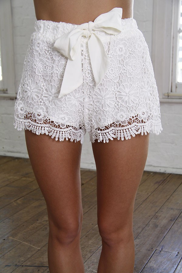 Elegant White Crochet Lace Shorts White Crochet Shorts Of Amazing 40 Photos White Crochet Shorts