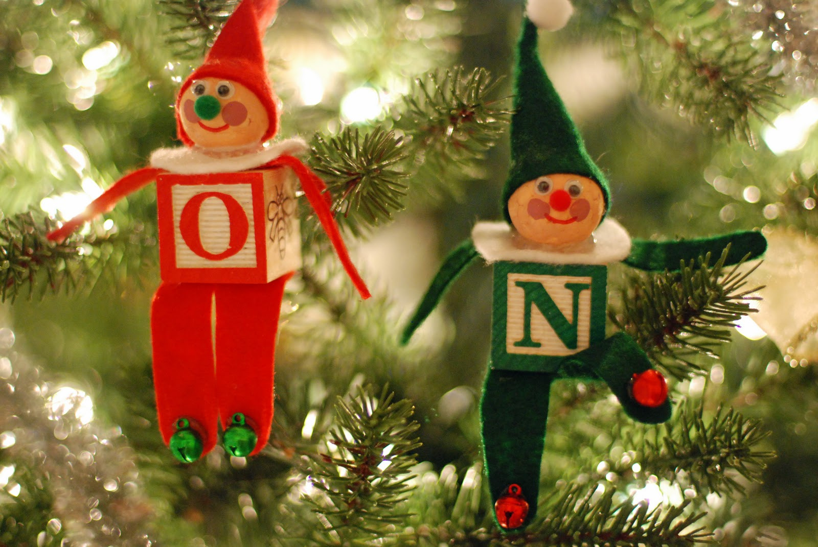 Elf Christmas ornaments Fresh that Artist Woman How to Make An Alphabet Block Elf Of Top 47 Photos Elf Christmas ornaments