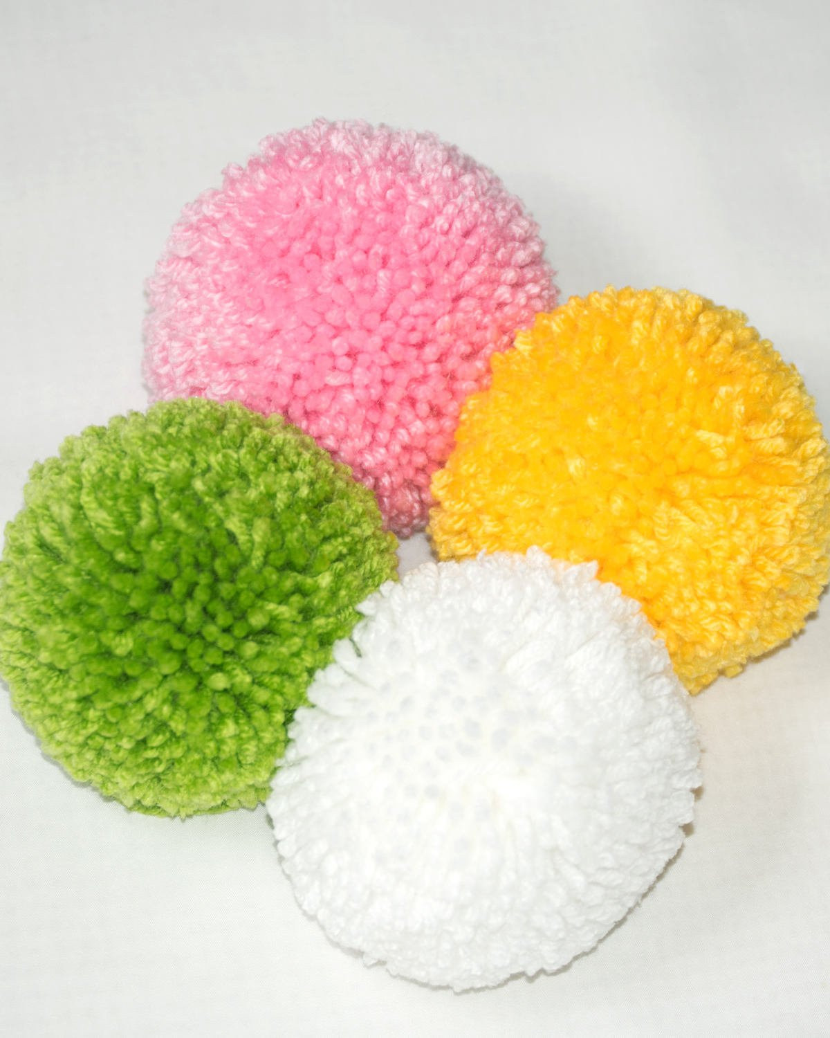 Extra Large Yarn Beautiful 4 Extra Pom Poms Approx 4 Inch Yarn Pom Poms Made Of Delightful 44 Pictures Extra Large Yarn