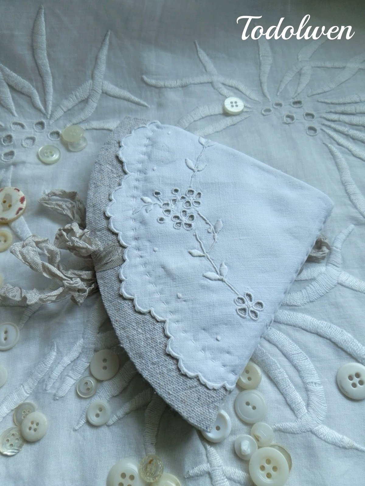Fabric Doilies Awesome todolwen Two Small Fabric Doilies Of Attractive 41 Pics Fabric Doilies