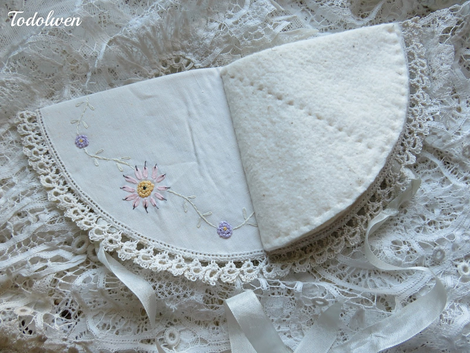 Fabric Doilies Awesome todolwen Two Vintage Fabric Doilies Of Attractive 41 Pics Fabric Doilies