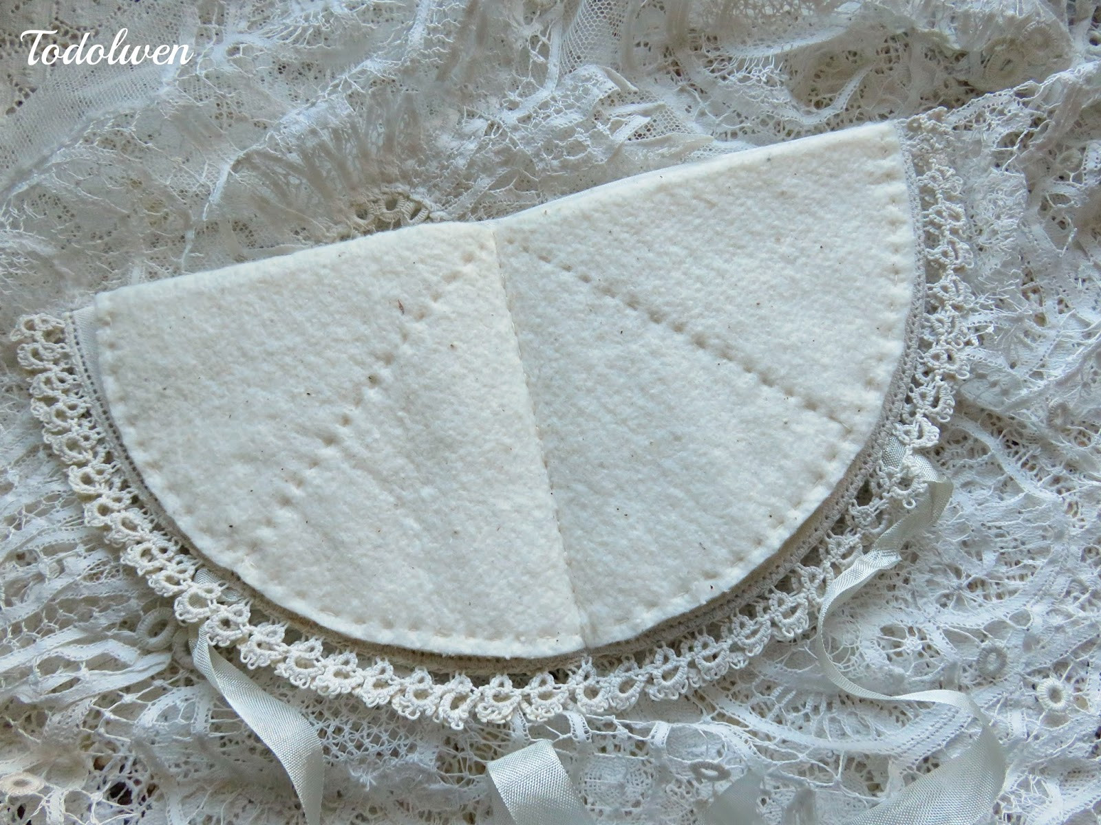 Fabric Doilies Luxury todolwen Two Vintage Fabric Doilies Of Attractive 41 Pics Fabric Doilies