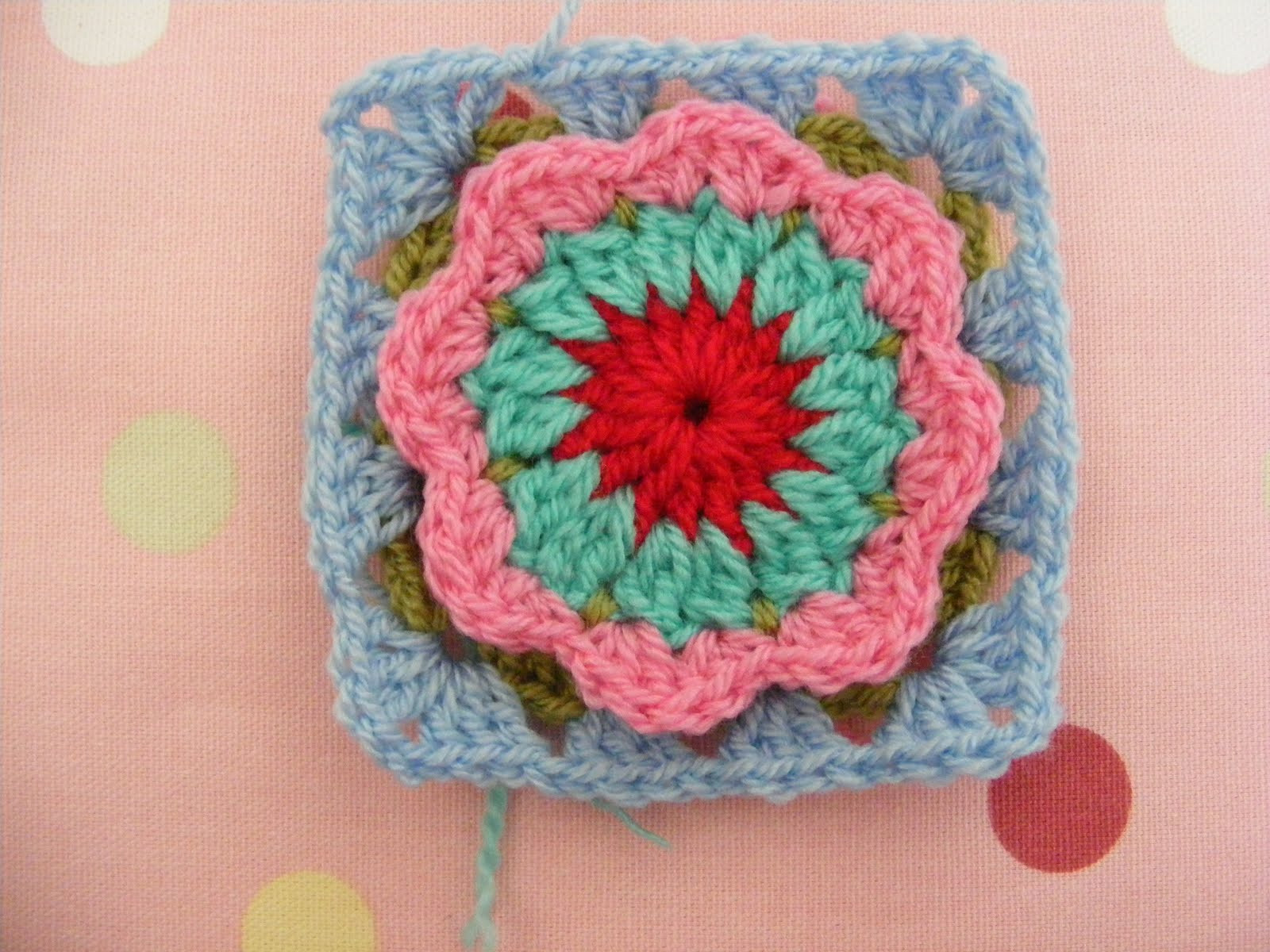 Flower Granny Square Beautiful Pinkfluffywarrior Circle In A Granny Square Flower In Of Wonderful 45 Pictures Flower Granny Square