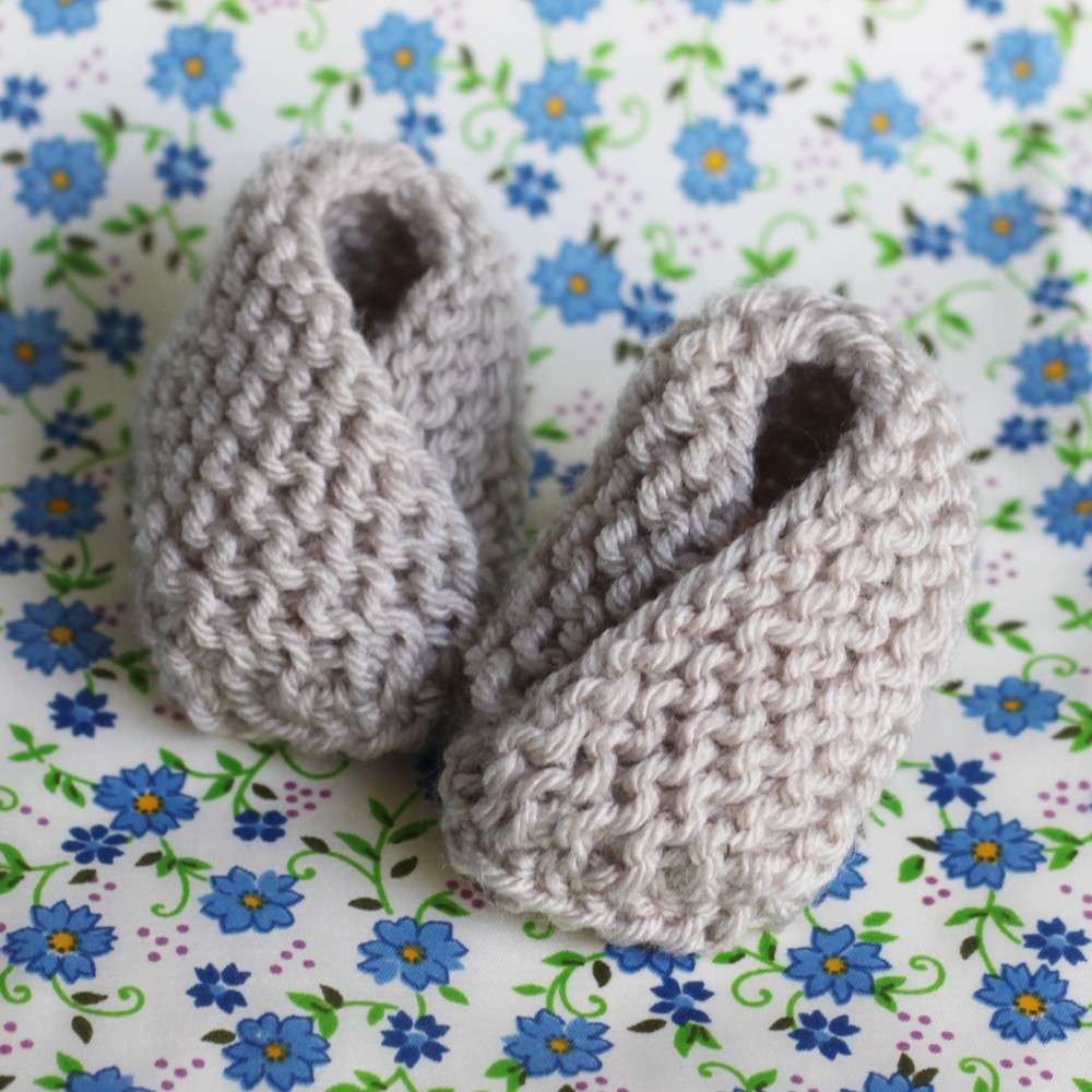 Very Easy Baby Booties Free Knitting Pattern