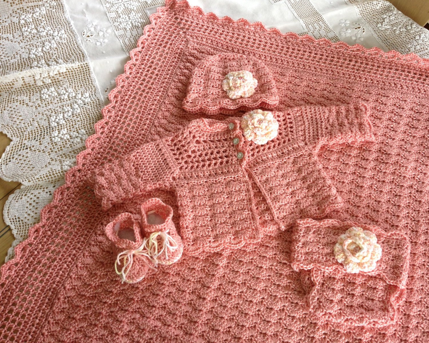Free Crochet Baby Layette Patterns Elegant Crochet Pattern Baby Layette 5 Pieces Blanket Sweater Of Great 50 Pictures Free Crochet Baby Layette Patterns