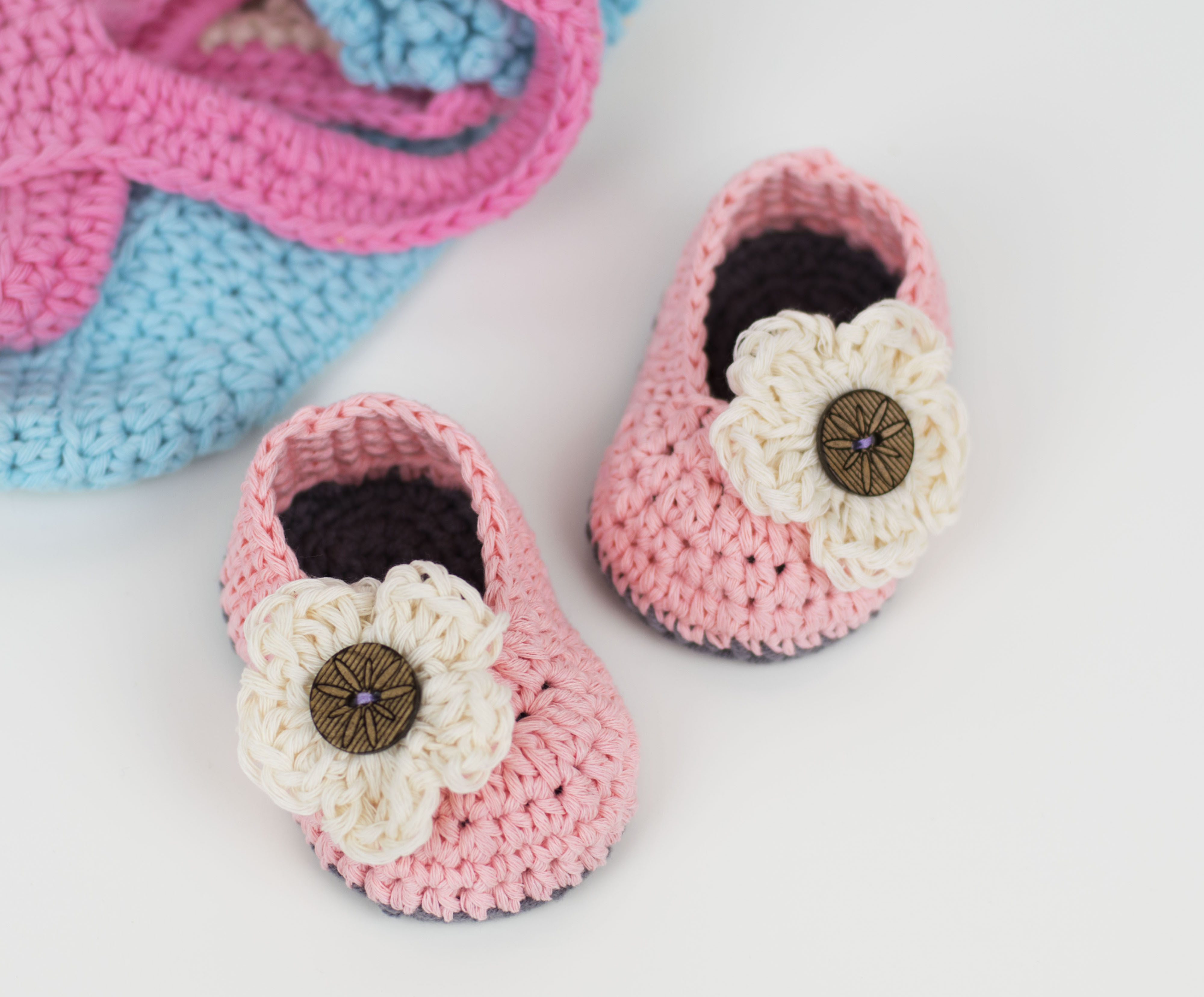Free Crochet Baby Patterns Luxury Free Pattern Crochet Baby Booties with Flower – Croby Of Delightful 49 Ideas Free Crochet Baby Patterns