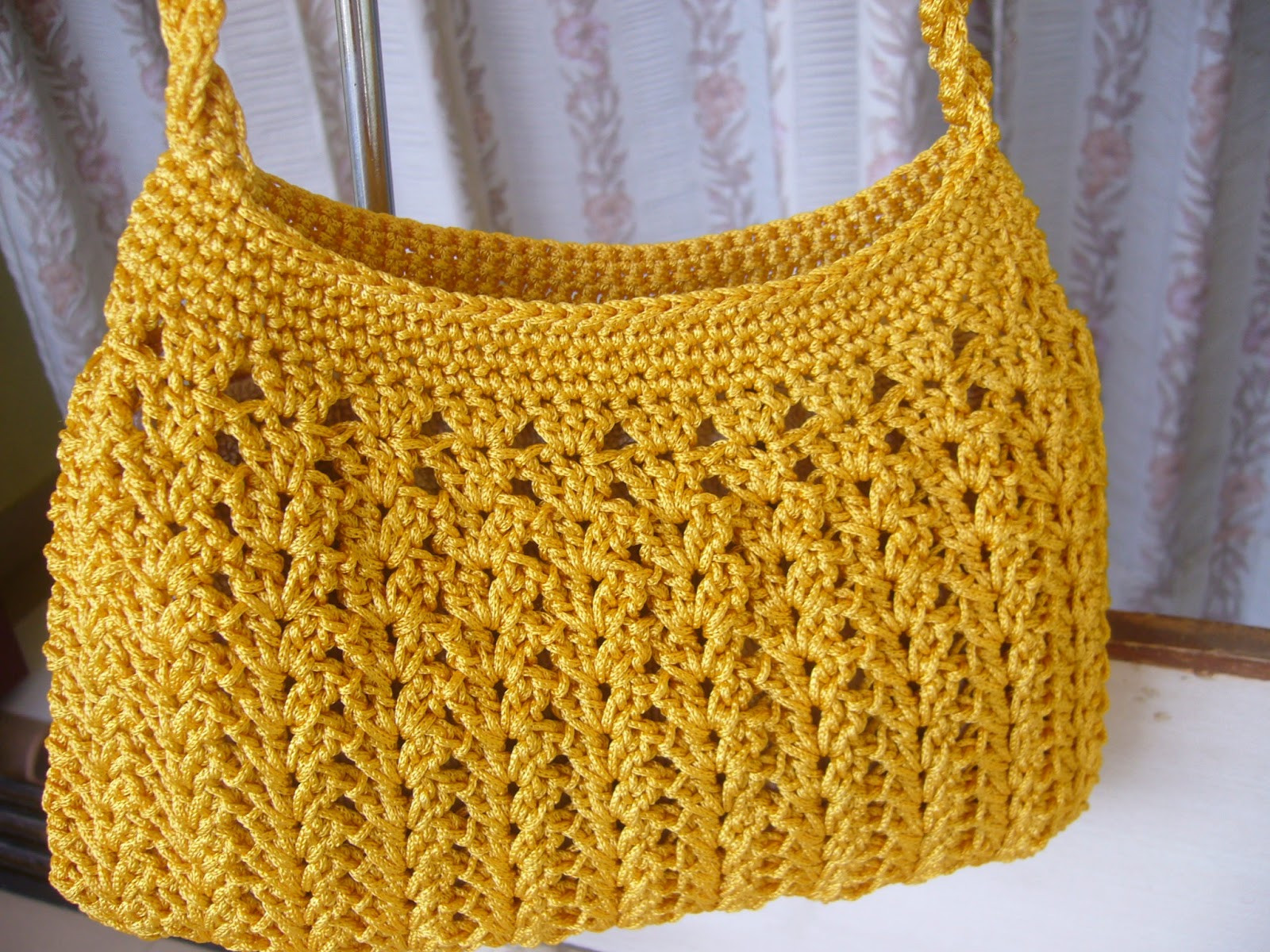 Free Crochet Bag Patterns Unique Crochetkari Golden Yellow Crochet Purse Of Awesome 45 Ideas Free Crochet Bag Patterns
