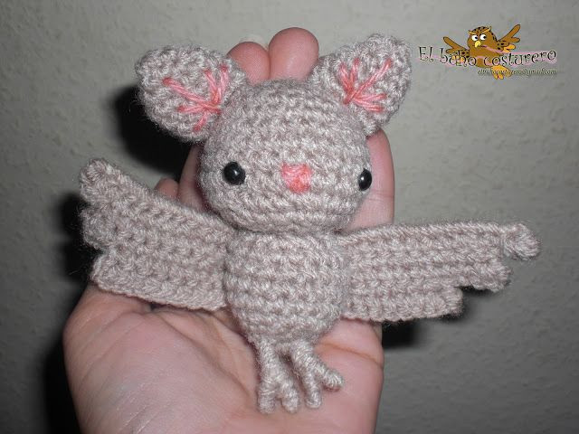 Owl sewing amigurumi bat