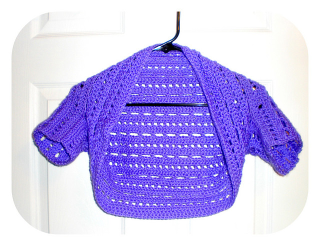 13 Ideas to Crochet Shrug Patterns For Various Purposes
