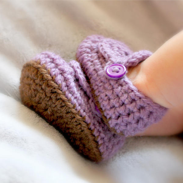 famous free crochet baby shoes patterns