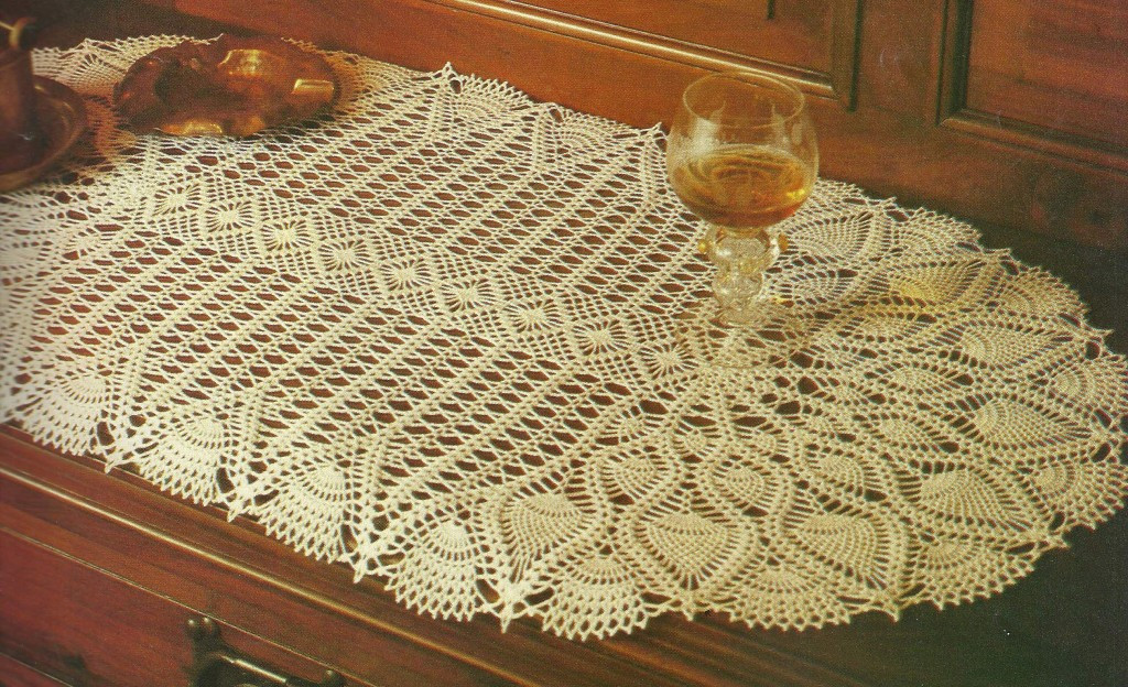 Free Crochet Pineapple Table Runner Patterns Elegant Pineapple Table Runner – Craftbnb Of Amazing 49 Photos Free Crochet Pineapple Table Runner Patterns