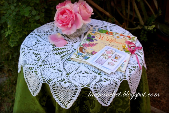 Free Crochet Pineapple Table Runner Patterns Inspirational Lacy Crochet Royal Pineapple Table topper Of Amazing 49 Photos Free Crochet Pineapple Table Runner Patterns