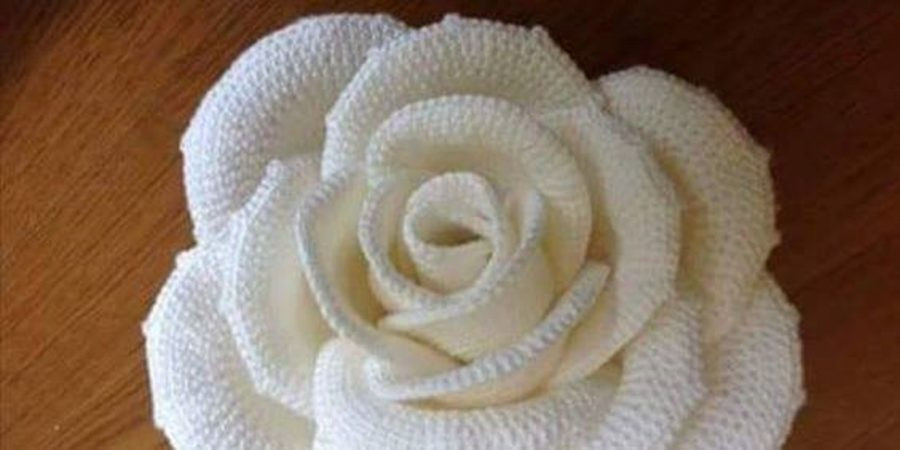 White Rose – Free Crochet Pattern