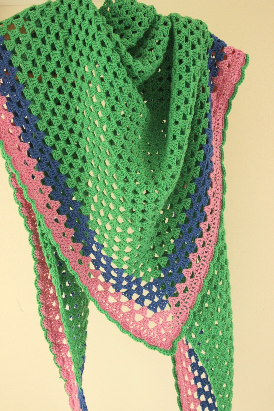 Another Granny Triangle Shawl – Zeens and Roger